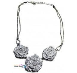 Elegantný náhrdelník ružičky 8