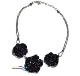 Elegantný náhrdelník ružičky 9