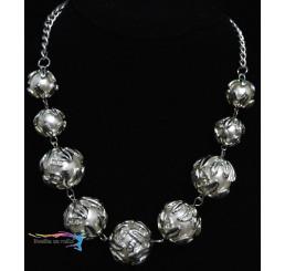 Elegantný perlový náhrdelník