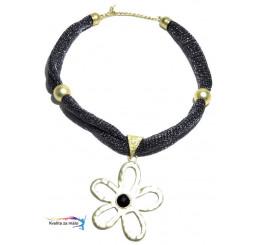 Extravagantný náhrdelník sivý